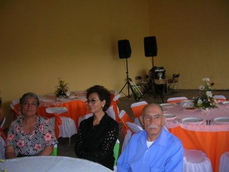 Ma. Guadalupe Campos Espinoza, Josefina Campos Espinoza y don Raúl Campos Alvarez (+)