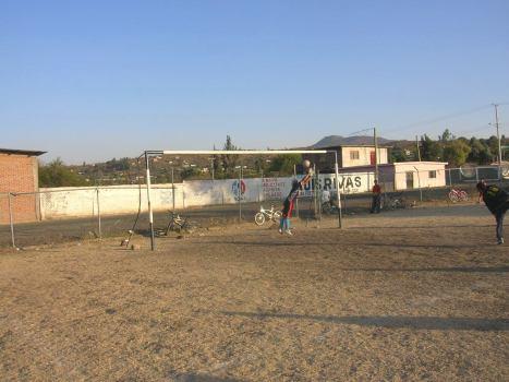Cancha de futbol en El Llano