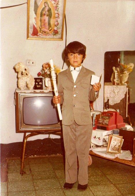 Reynaldo Campos en su primera comunión
