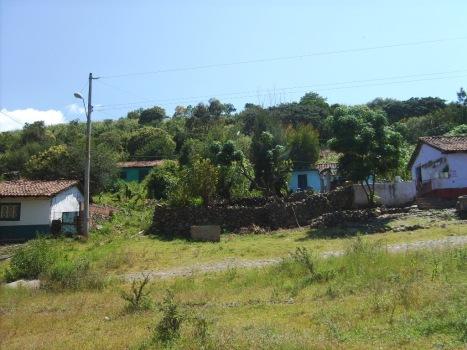 Los Guanumos, a la izquierda Santa Inés y El Guayabo