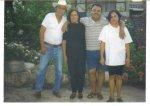 Algo del recuerod, Chel con los papás don Amadito y doña  Benita y con  la hermana Irma