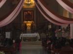 El altar florido en torno a la Guadalupana