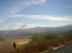 Entrada a Penjamillo, por carretera. Al fondo, el Cerro del Metate y, en una hondanada, Ziquítaro mi pueblito