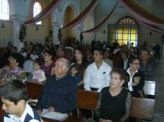 En el templo, durante el recital de Flavia Narváez Martínez. El público, muy atento a esta expresión del arte