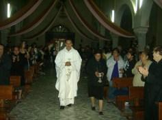 El párroco Manuel Vázquez Rubio recibió a la Virgen que peregrinó durante una semana por todos los barrios en Ziquítaro
