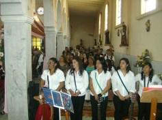 EL coro de Ziquítaro en la misa solemne