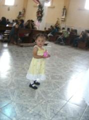 Celebración central, 6, Linda pequeña, en el templo